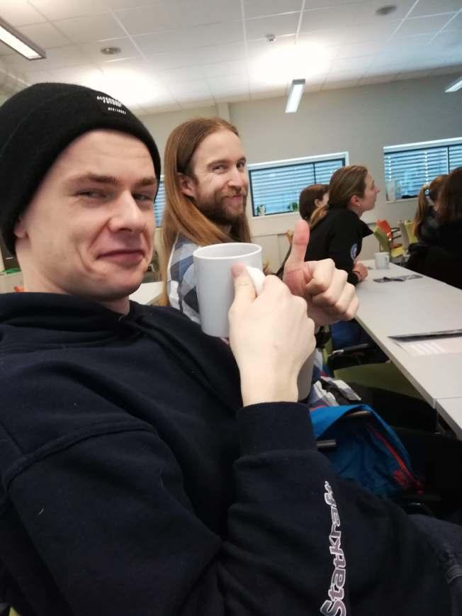 Studenter setter alltid pris på litt kaffe i koppen